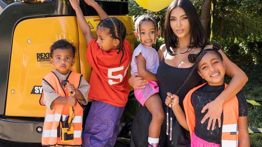 Kim Kardashian mit ihren Kids im Mai 2021