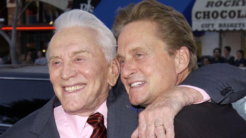 Kirk Douglas mit seinem Sohn Michael Douglas