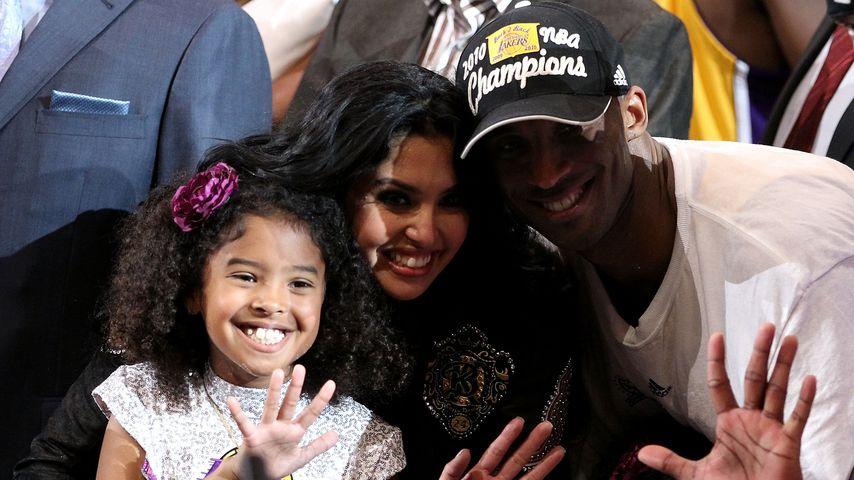 Kobe Bryant mit seiner Frau Vanessa und seinen Töchtern