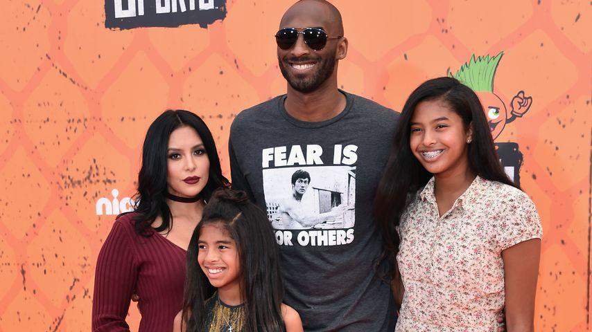 Kobe Bryant mit seiner Frau Vanessa und seinen Töchtern Gianna und Natalia
