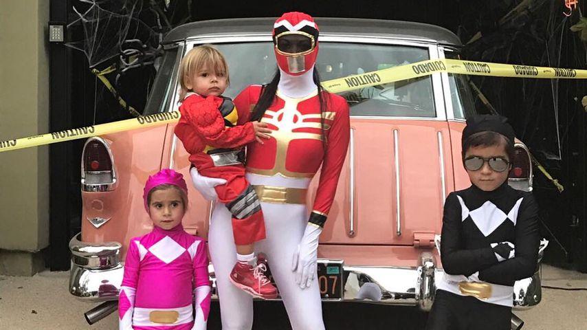 Kourtney Kardashian mit ihren Kindern Penelope, Mason und Reign