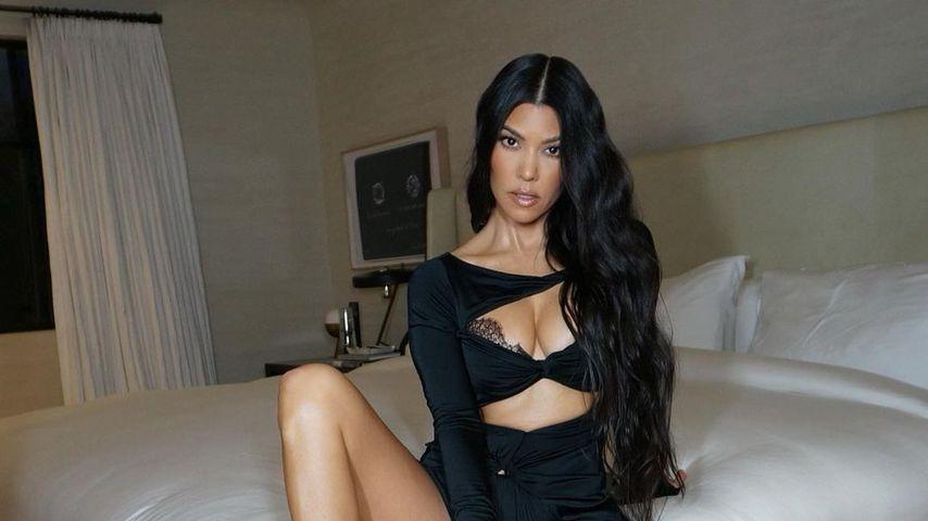Sexy Cut-Outs: Kourtney Kardashian posiert in heißen Dessous