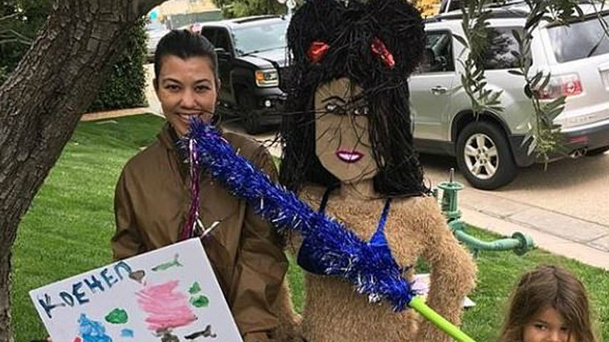 Wie bitte? Kourtney K. feierte Geburtstag mit Piñata-Double!