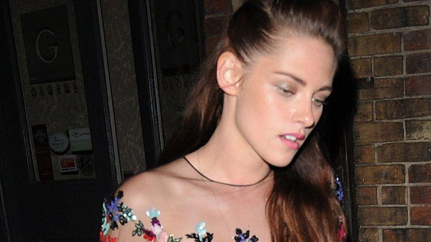 Darum trägt Kristen Stewart Sneakers zur Abendrobe