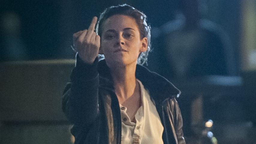 Total agressiv: Kristen Stewart zeigt ihren Stinkefinger