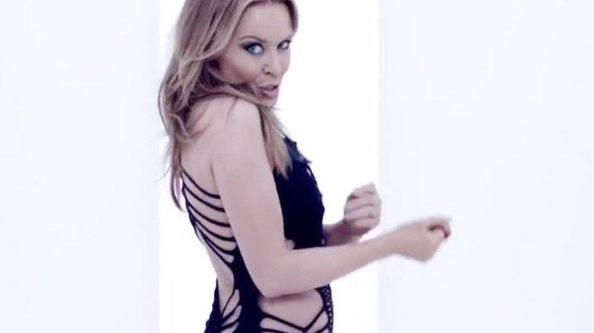 Nichts drunter! Kylie Minogue im sexy Nackt-Kleid