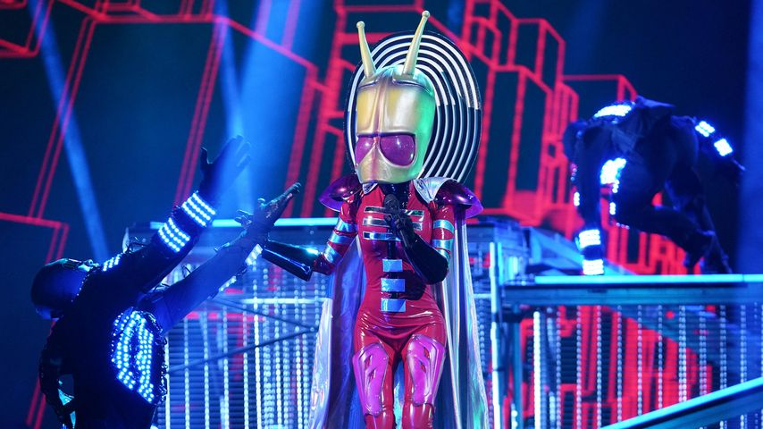 "La Toya Jackson als Alien bei ""The Masked Singer"" in den USA"