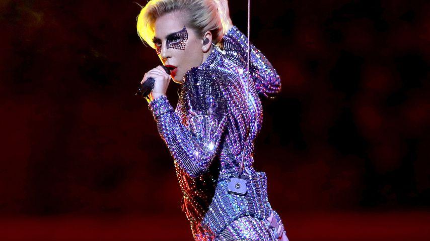 Lady Gaga in der Super-Bowl-Halbzeit-Show 2017