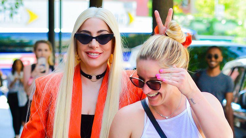 Coole Chefin: Hier veräppelt Lady Gaga ihre Assistentin!