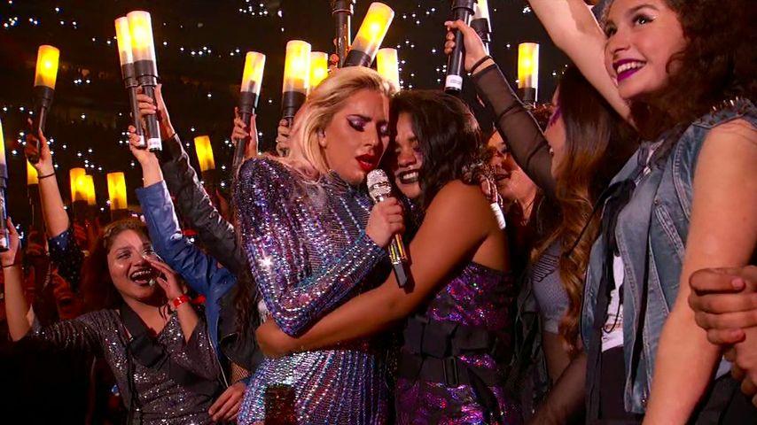 """Lady GaGas """"Super Bowl""""-Show: Fan-Umarmung war nicht geplant"""