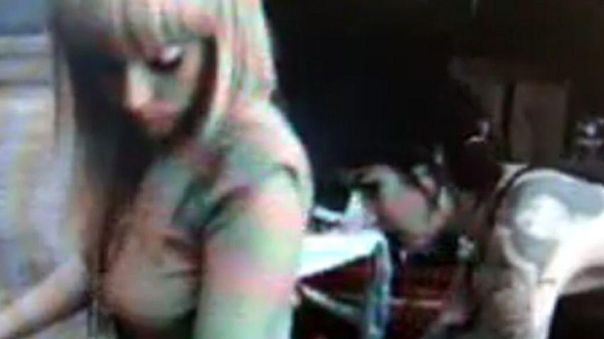 Lady GaGa bekam Tattoo von Kat von D!