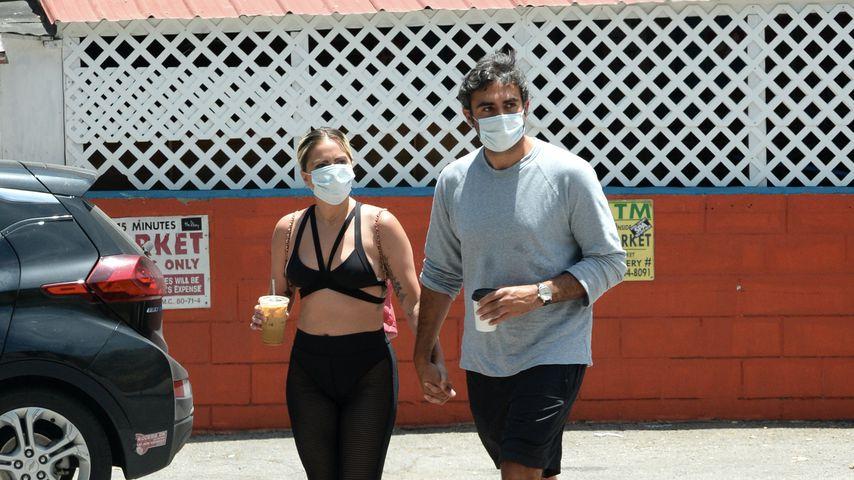 Verdächtiger Bauchnabel: Ist Lady Gaga etwa schwanger?