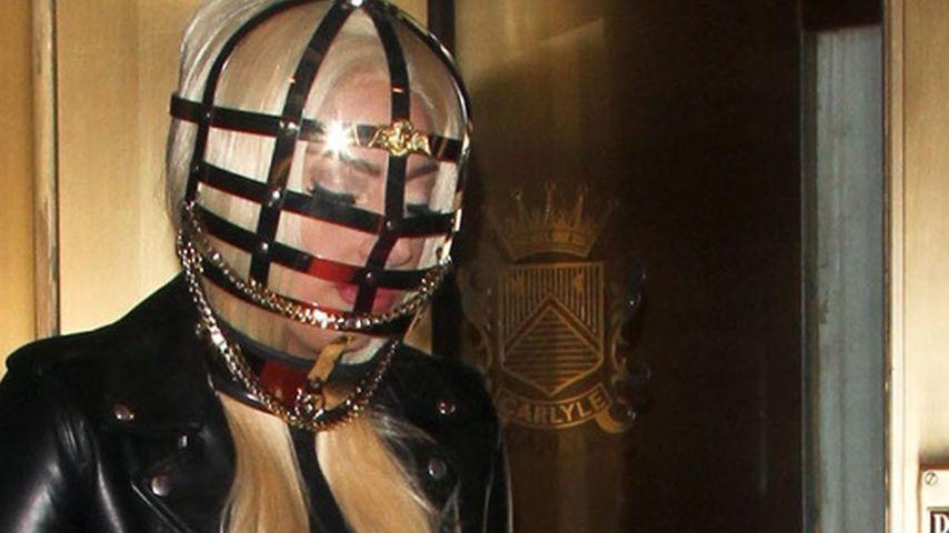 Gefährlich! Lady GaGas viel zu lange Fingernägel
