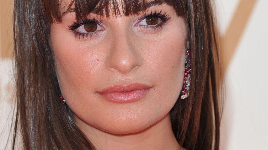 Schwerer Gang: Lea Michele besucht Corys Sterbeort