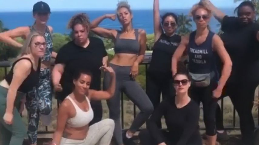 Leona Lewis (M.) mit ihren Freundinnen im Juni 2019 auf Hawaii