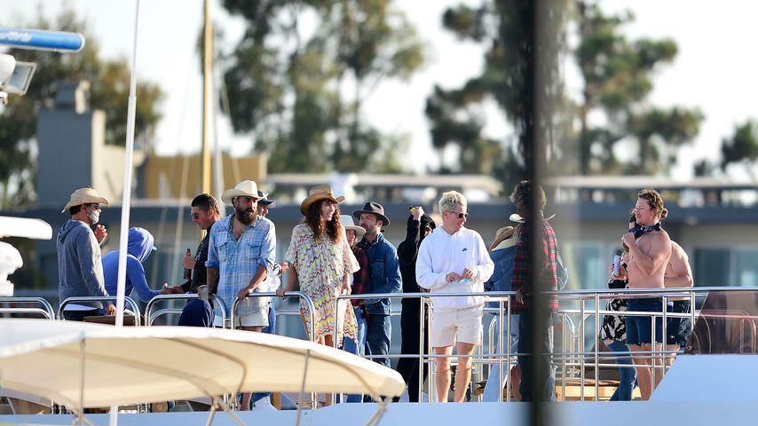 Leonardo DiCaprio und die Partygäste