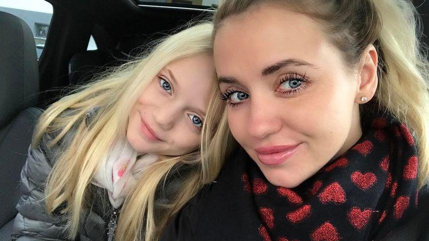 YouTube statt Schule? So plant Cathy Lugner für ihre Tochter