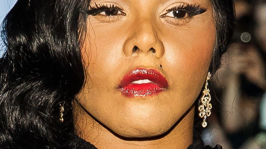 Autounfall: Lil' Kim muss Halskrause tragen