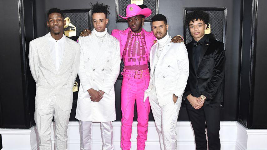 Sänger Lil Nas X mit Freunden