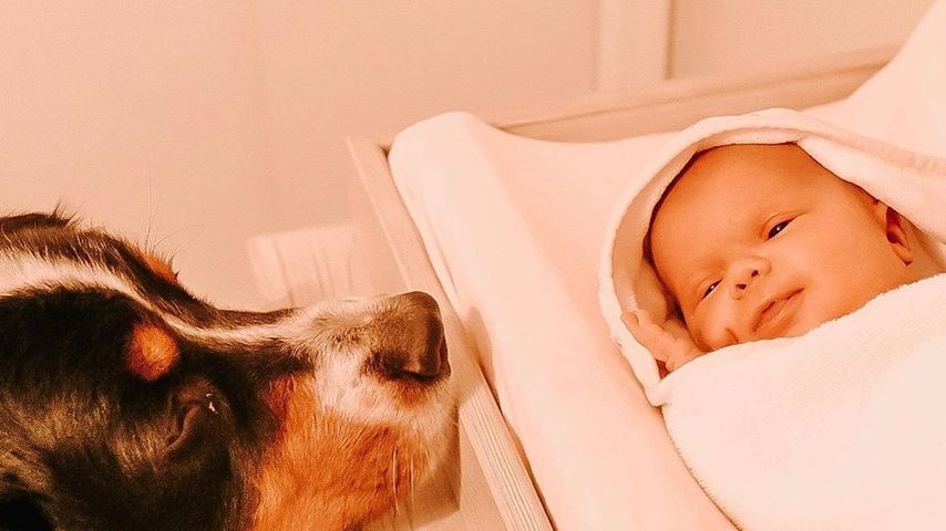 Lilah Ray Roloff mit dem Familienhund Murphy