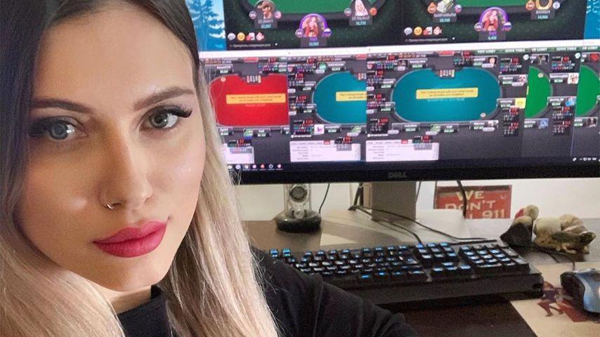 Liliya Novikova, Poker-Profi