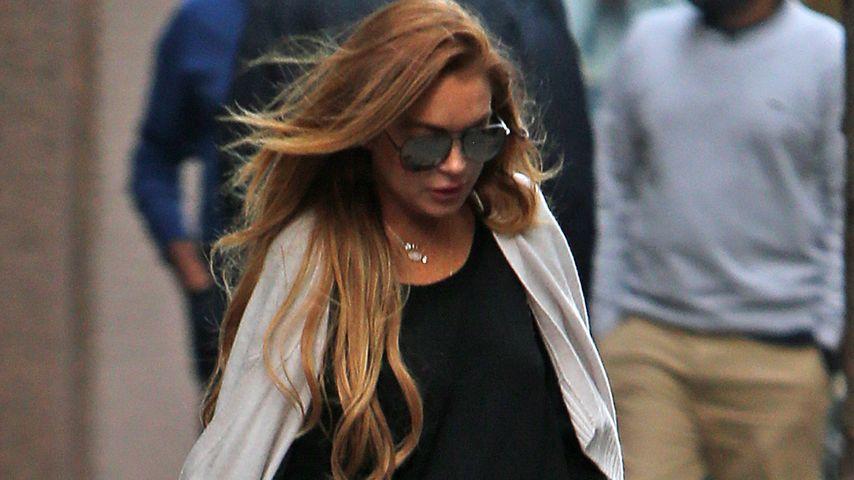 Das Drama geht weiter: Polizei tritt Lindsay Lohans Türe ein