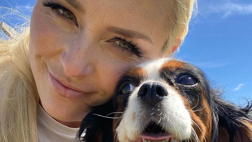Lindsey Vonn und ihre Hündin Lucy im Juni 2020