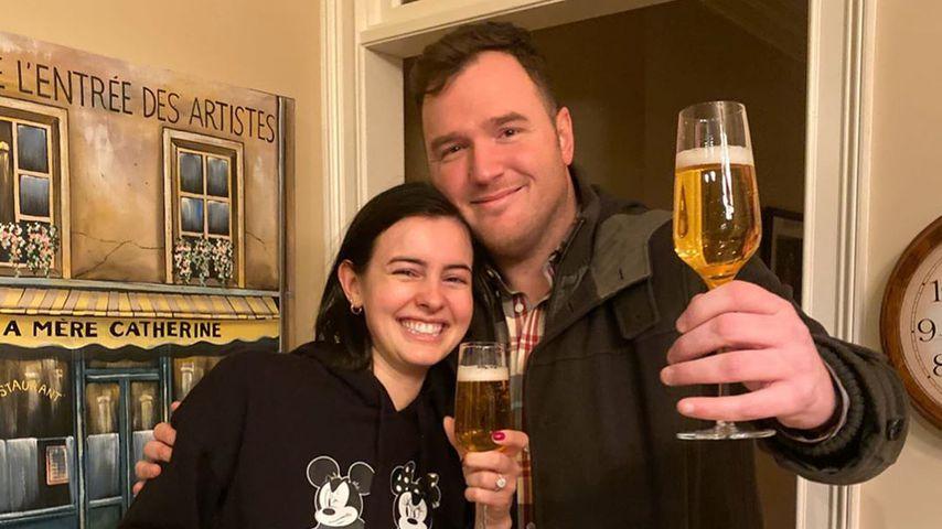 Zwei Jahre nach Scheidung: Paramore-Hayleys Ex Chad verlobt!
