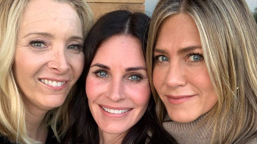 """Friends""-Reunion: Courteney Cox feiert B-Day mit Jen & Lisa"