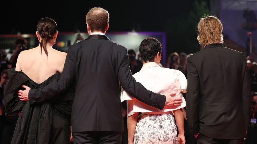 Liv Tyler, James Gray, Ruth Negga und Brad Pitt, August 2019