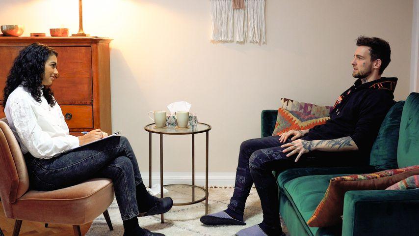 Neue Dokureihe: Eric Stehfest macht eine Psychotherapie
