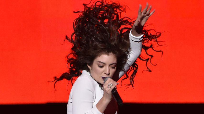 Heiterer Butzemann-Tanz: Hoppsassa, Lorde ist da!