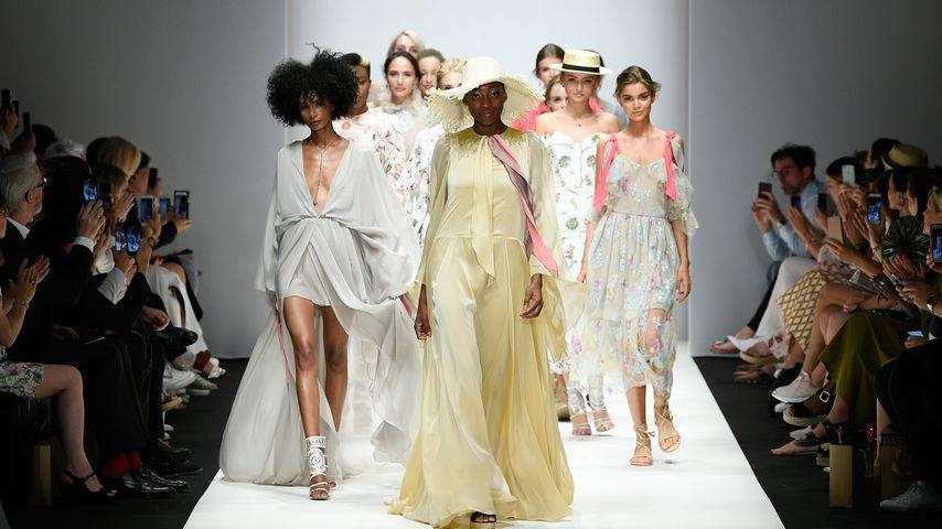 Toni Dreher-Adenuga auf der Berlin Fashion Week