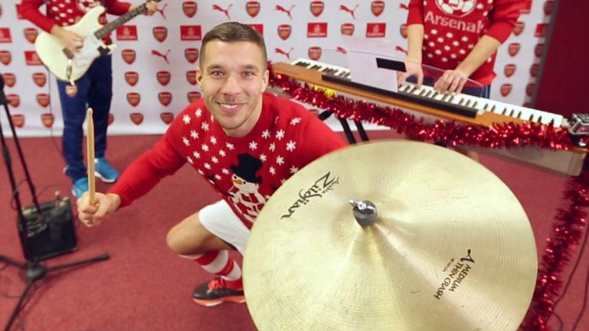 Weihnachts-Tusch! Lukas Podolski lässt es krachen