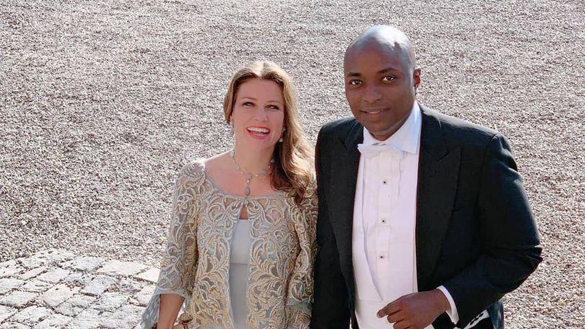 Märtha Louise von Norwegen und ihr Freund Durek Verrett auf einer Hochzeit