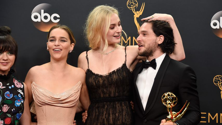"Maisie Williams, Emilia Clarke, Sophie Turner und Kit Harington, ""Game of Thrones""-Schauspieler"