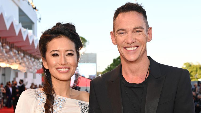 Mara Lane und Jonathan Rhys Meyers bei den Filmfestspielen von Venedig im September 2021