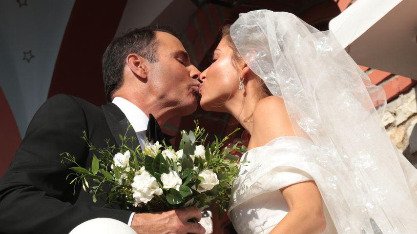 Maria Menounos und Keven Undergaro bei ihrer Hochzeit in Griechenland