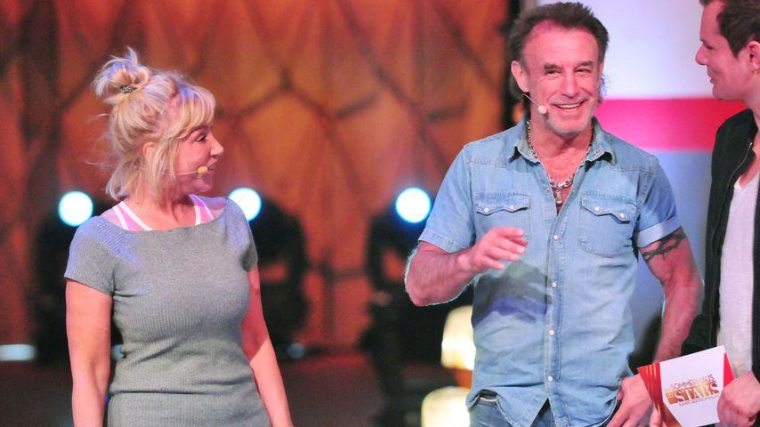 """Maria und René Weller, Spielleiter Malte Arkona bei """"Das Sommerhaus der Stars"""""""