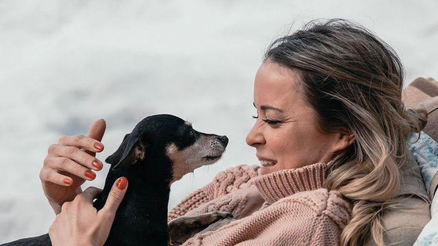 Marina Hoermanseder und ihr Hund Peanut