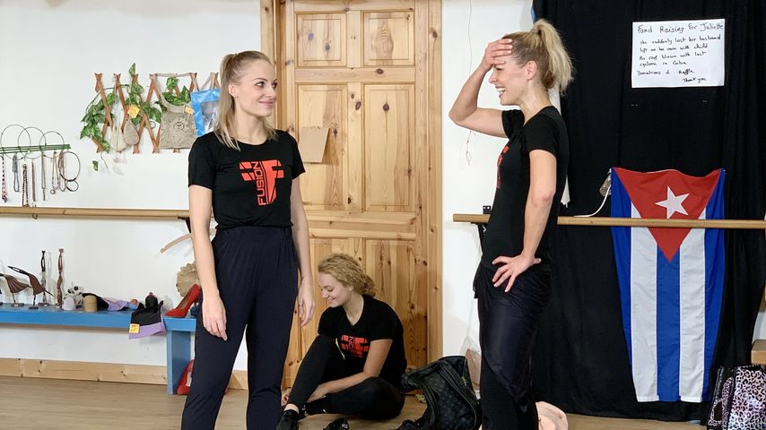 Marta Arndt und Isabel Edvardsson, Profitänzerinnen