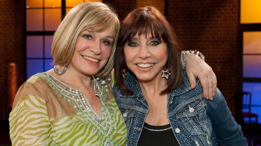 """Mary Roos und Tina York in der Talkshow """"Kölner Treff"""" 2011"""