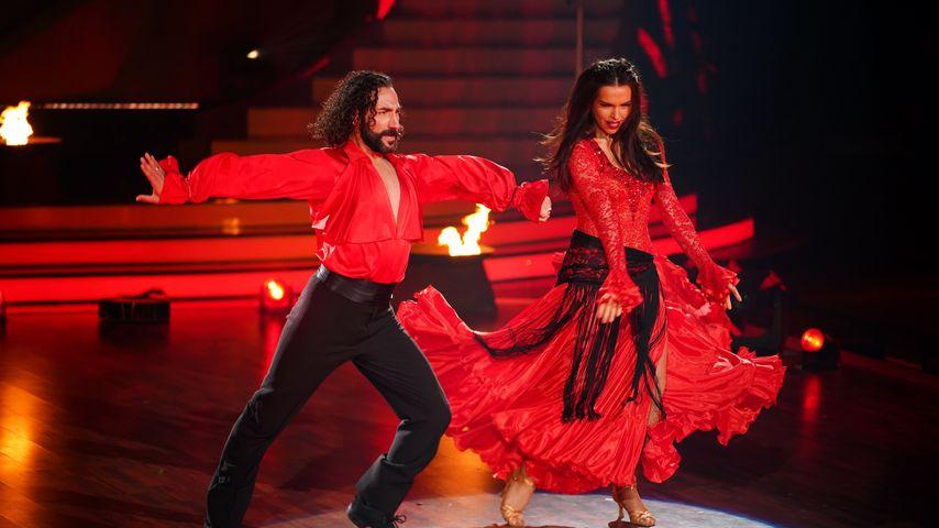 "Massimo Sinató und Lili Paul-Roncalli bei ""Let's Dance"""