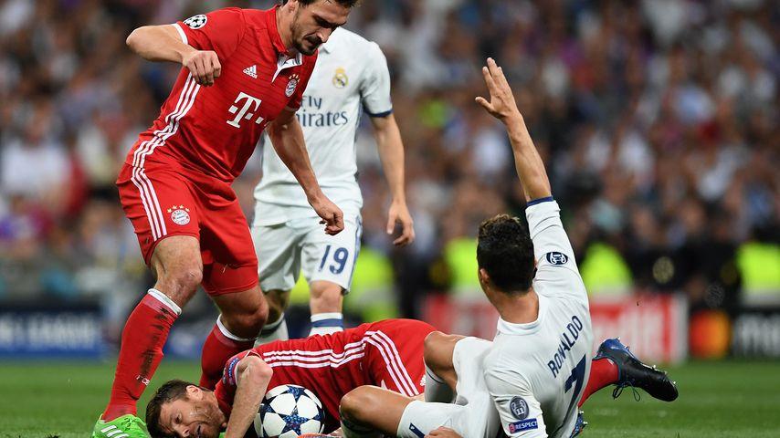 Mats Hummels, Xabi Alonso und Cristiano Ronaldo beim Champions-League-Viertelfinale