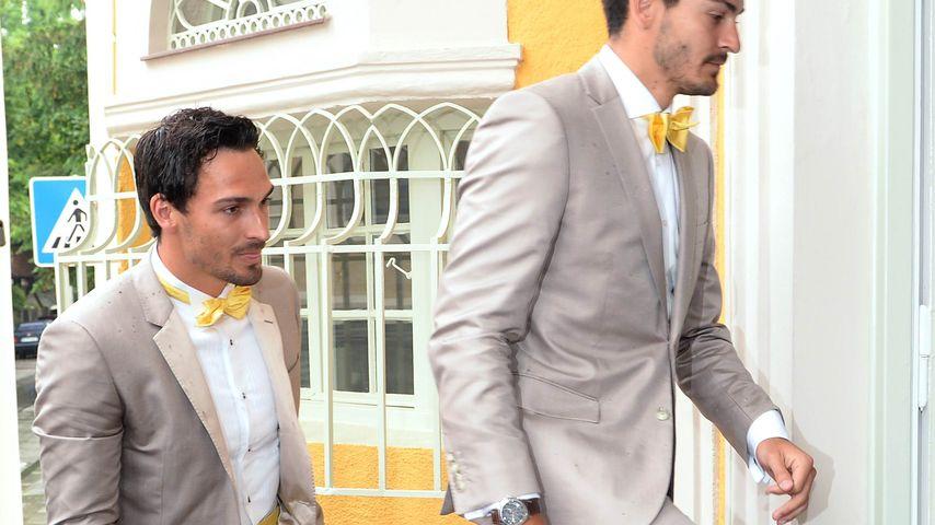 Bei seiner Hochzeit: Mats Hummels mit Bruder im Partnerlook