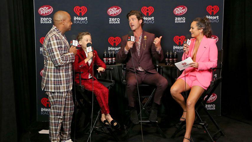 Maxwell, Julian Fuego Thicke, Robin Thicke und Emily Curl bei den iHeartRadio Music Awards 2021
