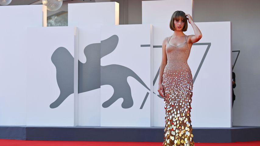 Maya Thurman-Hawke ist bei den Filmfestspielen in Venedig, 2020
