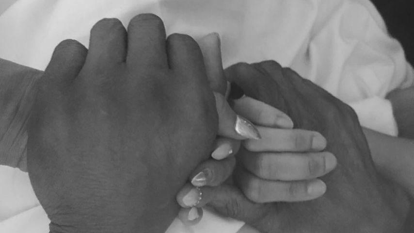 Mel B. und ihre Schwester Danielle halten Händchen mit ihrem Vater Martin