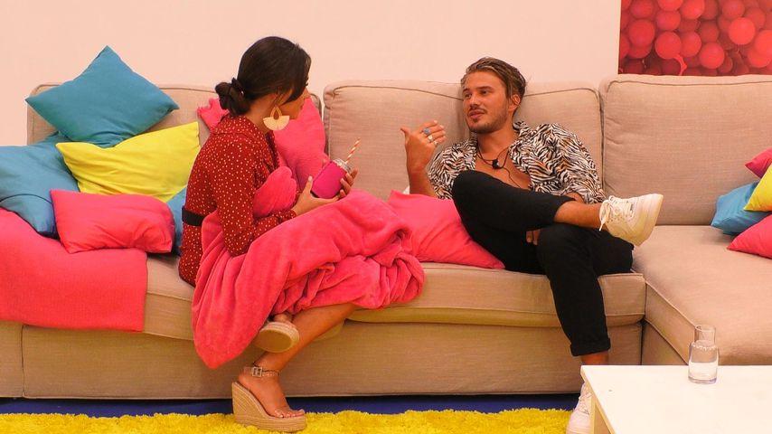 """Melissa und Dennis in der """"Love Island""""-Villa"""