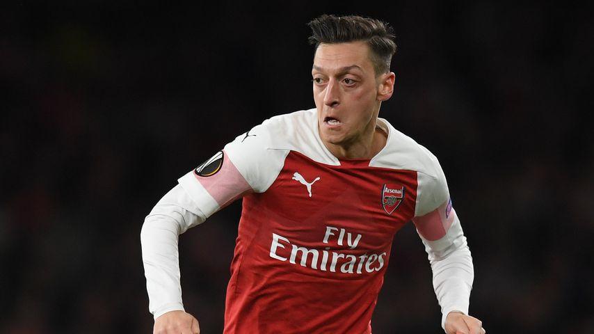 Mesut Özil bei einem Fußballspiel
